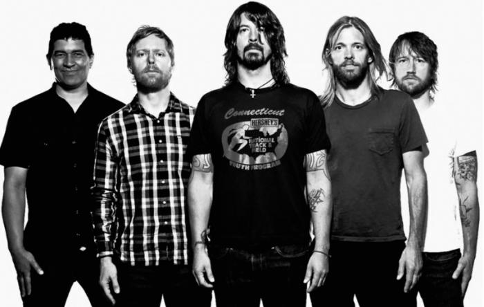 Foo Fighters | Download 2015 | Fake Geeks