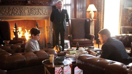 Gotham 1.01 'Pilot' Bruce Alfred Gordon