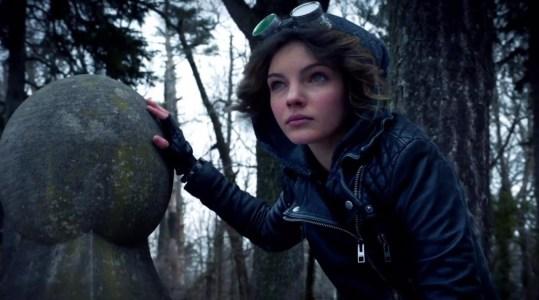 Gotham 1.01 'Pilot' Selina Kyle